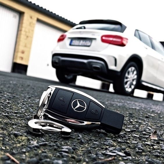 The key to happiness mercedes benz gla all things for Mercedes benz keyes