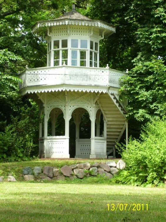 10 Of The Most Amazingly Beautiful Gazebos!! - This antique beauty has Victorian charm. Absolutely beautiful! Via cbsdetroit.files.wordpress.com: