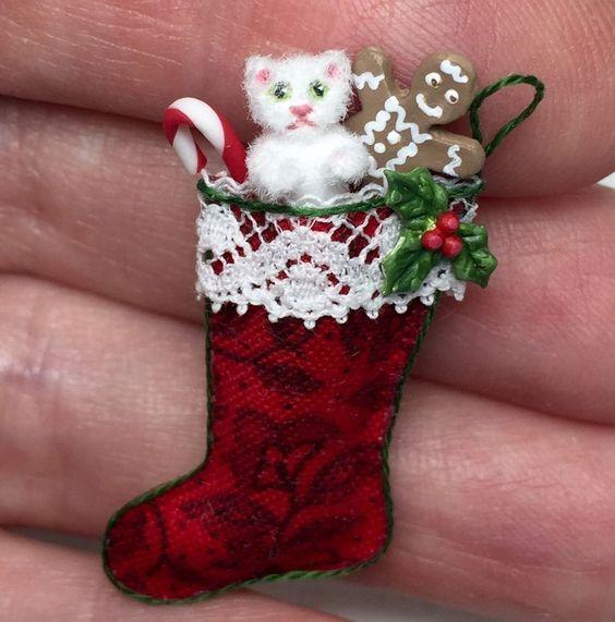 ooak miniature dollhouse christmas cat stocking handcrafted white fur kitten in dolls bears dollhouse miniatures artist offerings ebay