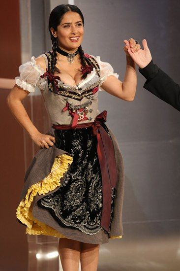 salma hayek in a lola paltinger dirndl at the wetten. Black Bedroom Furniture Sets. Home Design Ideas