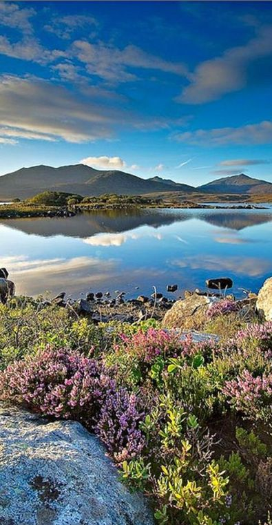 First light at Loch Druidibeag in South Uist Outer Hebrides, Scotland • Mike McFarlane Landscape Photography