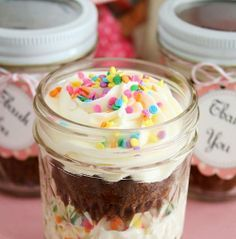 Unique Thank You Gift Idea:  Cupcakes in a Jar!  These Mason jar Cupcakes are SO easy to make.  Directions and recipes on this page.