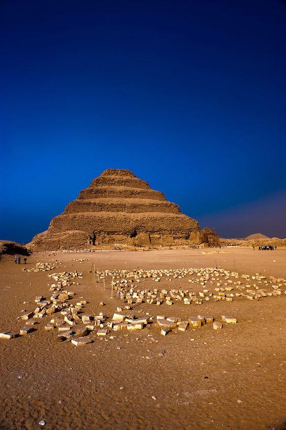 Pirámide escalonada de Zoser, Cairo, Egipto