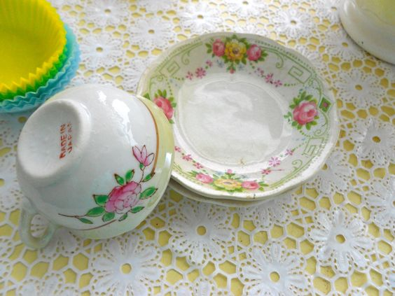 vintage child's tea cup and saucer....