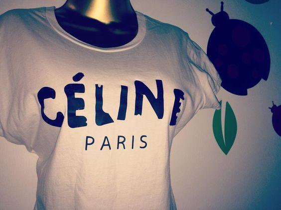 CELINE PARIS la t-shirt mas top de todas . . TALLA M/L . . 5400 OFERTA  . . -SOLO WS 584146282915 NO LLAMADAS .  by.moramora@gmail.com  by.moramora@gmail.com  by.moramora@gmail.com #Maracaibo #ventasmcbo #ventasmaracaibo #vzla #ventasvenezuela #ccs #caracas #moda #maracay #boutiqueonline #cabimas #ciudadojeda #puntofijo #sale #garage #todomoda #makeuptips #maquillajemcbo #maquillajemaracaibo #venta #venezuelatienecurvas #uru #garagevzla #urbe #sanfrancisco #emprendedoresvenezolanos…