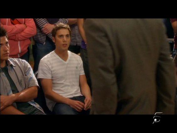 Dustin Milligan _90210 (2008)