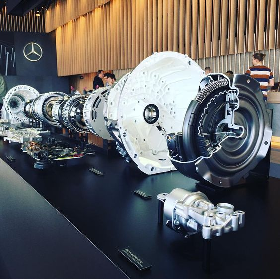 Mercedes-Benz E-Class 9G-Tronic in parts. #carporn #caroftheday #car #mercedes #mercedesbenz #mercedeseclass #picoftheday #ocean #auto #autovideoreview #automotive #daimler #mb #mib @mbpassion @world_mercedes #carparts #carpassion #technology