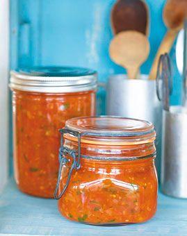 Tomatensosse - Vegan essen: Rezepte für Veganer - [LIVING AT HOME]