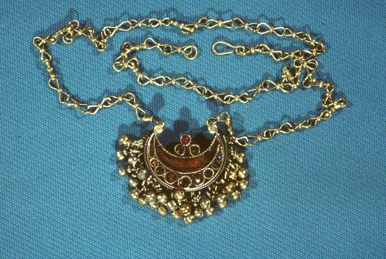 Amuleto Naszyjnik