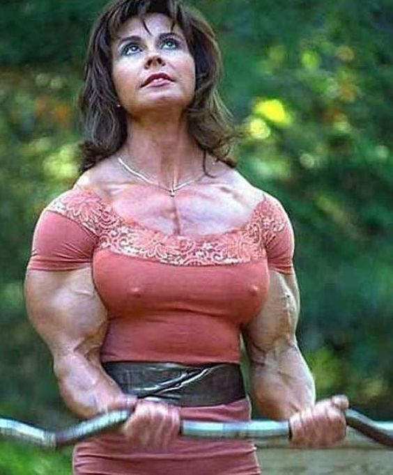 f994a0cf40146c1afcdc5bf80426bb17 woman in body building exercise funny pictures hilarious,Bodybuilder Girl Meme