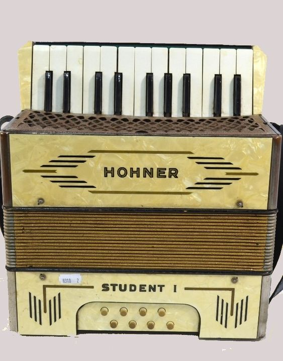 Hohner Student 1 Piano Accordion