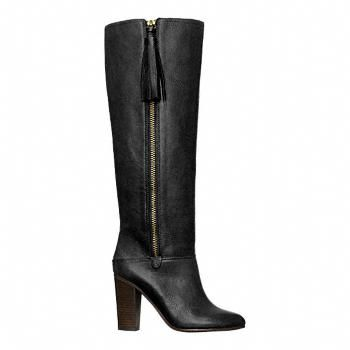 Coach Legacy Therese boot. GET at me.