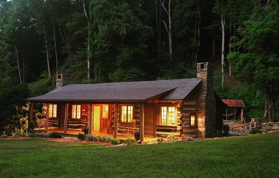Green renovation meets historical preservation of 1920's boys camp headquarters.  #cottage #luxury #nature #relax #dreamhome #cabin #cabinlife #neverstopexploring #perfect #gramoftheday #loghome #loghouse #restoration #rustic #country #simple #timberframe #tinyhouse #pnw #canada by mountain_homes