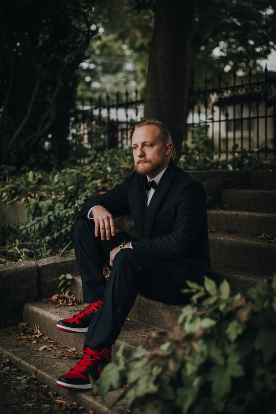 Grooms Style | Fall Wedding Grooms Style | Fall Wedding Ideas | Grooms in sneakers | High Top Sneakers | Red Laces | Brown Pusey House | Elizabethtown Kentucky | Photo by We Choose the Moon Photography