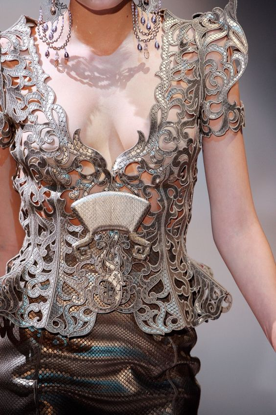 An armor like bodice for the Queen Regant, or as she likes to think, lord Tywin with teats. Armani Prive