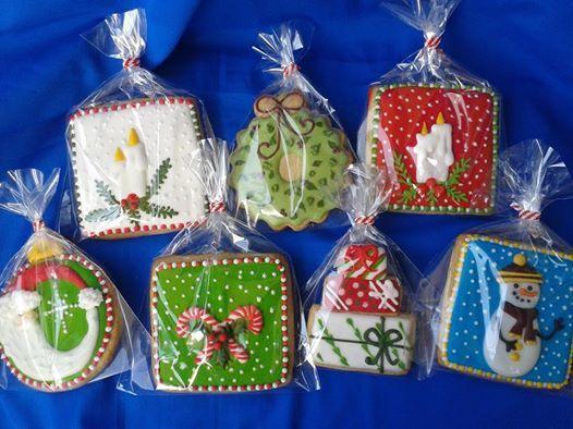 How beautiful are my mum's Christmas cookies!