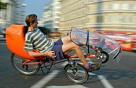 Streamer und Speedbag auf Street Machine Gt in London