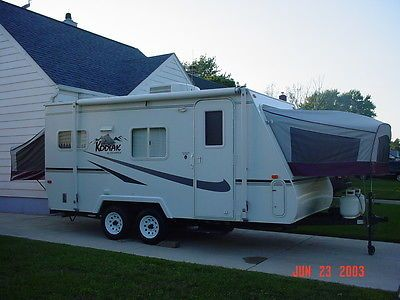 Brilliant Travel Trailer Sleeps 6 2 Queen And 1 Full Size Bed  Full Size Beds