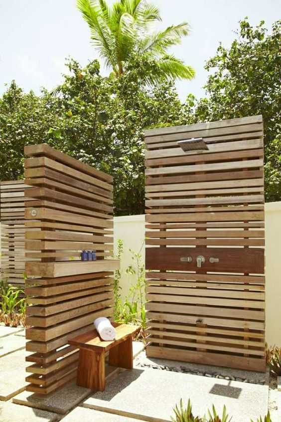 Trennwand Dusche Selbst Bauen : Wood Outdoor Shower Privacy Screen