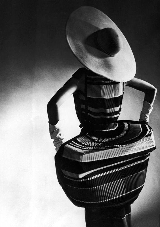 Traina-Norell dress, circa 1950's, Photo, Gjon MiliStraw, cartwheel hat by Mr. John
