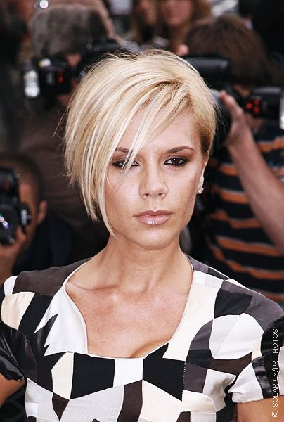 Google Image Result for http://www.victoriabeckhamhairstyles.com/pictures/victoriabeckhampob2.jpg