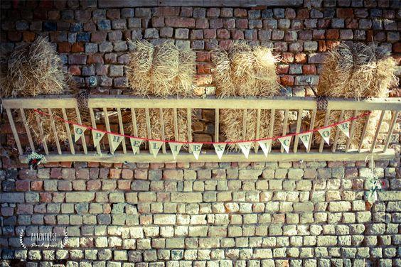 Bottes#de#Pailles#cérémonie#laique Parenthèse Poétique Crédit Photo: pdboudierphotographie