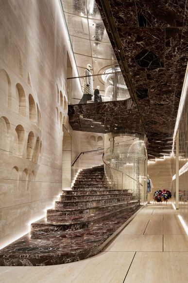 Palazzo FENDI  || www.citylighting.com
