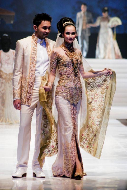 Wedding Dress  Jakarta : Anne avantie k a wedding dress bride and groom
