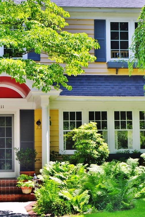 7 Things That Are Secretly Bringing Down the Value of Your House via @PureWow