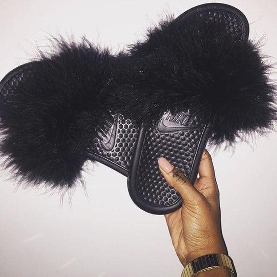 Nike Claquette Femme Fourrure