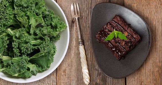 Powdered Kale Brownies? They`re a thing. #recipe #holiday #brownie #healthy #kale #cacao: