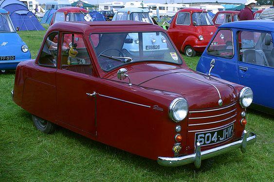AC Petite Three-Wheeler, England (1952)