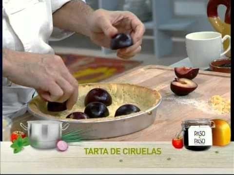 Tarta de ciruelas y almendras  http://elgourmet.com/receta/15077-tarta_de_ciruelas_y_almendras