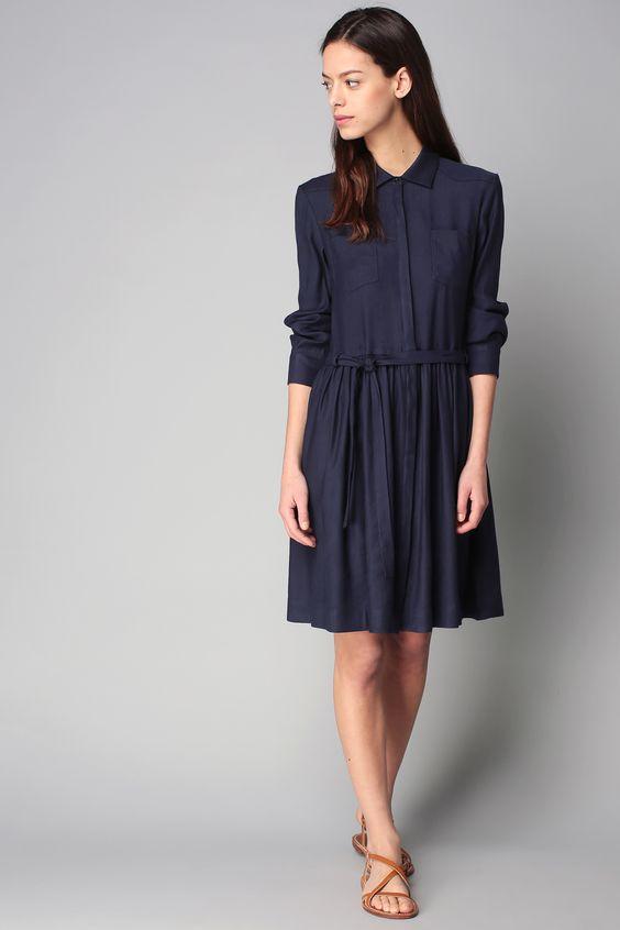 4d8166512885 Robe boutonnée ceinturée bleu Clara   Wish list   Pinterest   Boutonné,  Bleu et Robes