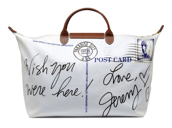 Longchamp has unveiled a new Facebook application that allows users to customize and share their own version of its iconic Le Pliage totebag.