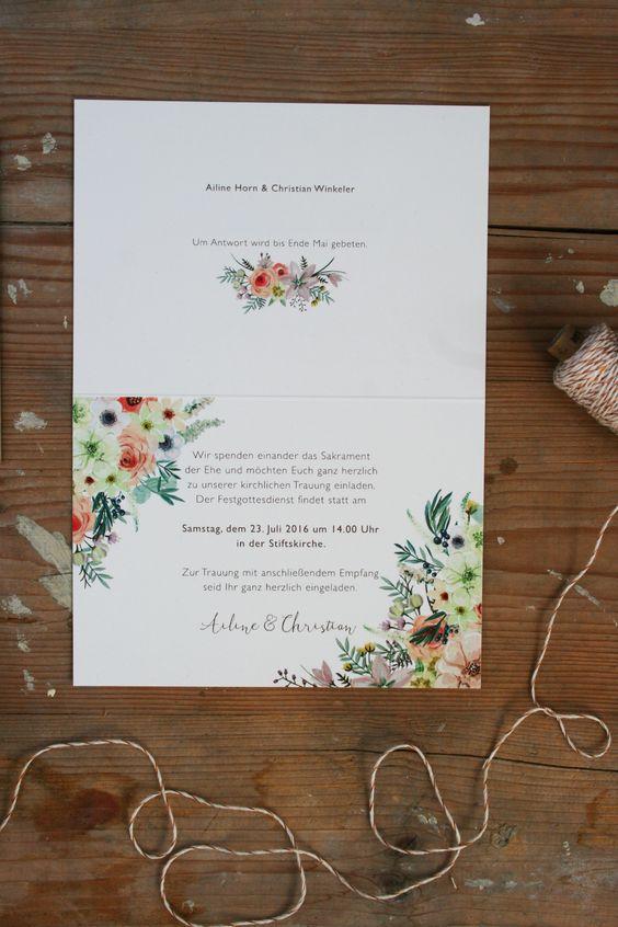 """Hochzeitseinladung""""Wilde Blumen"""" Set aus:   Einladungskarte mit passendem Umschlag, Konfetti und Fähnchen-Anhänger Papier:    MunkenPure Creme 300 ZURÜCK ZUM PORTFOLIO"""