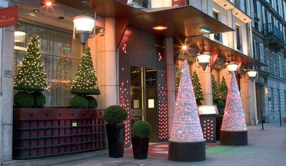 оформление входной зоны в ресторан к Новому году