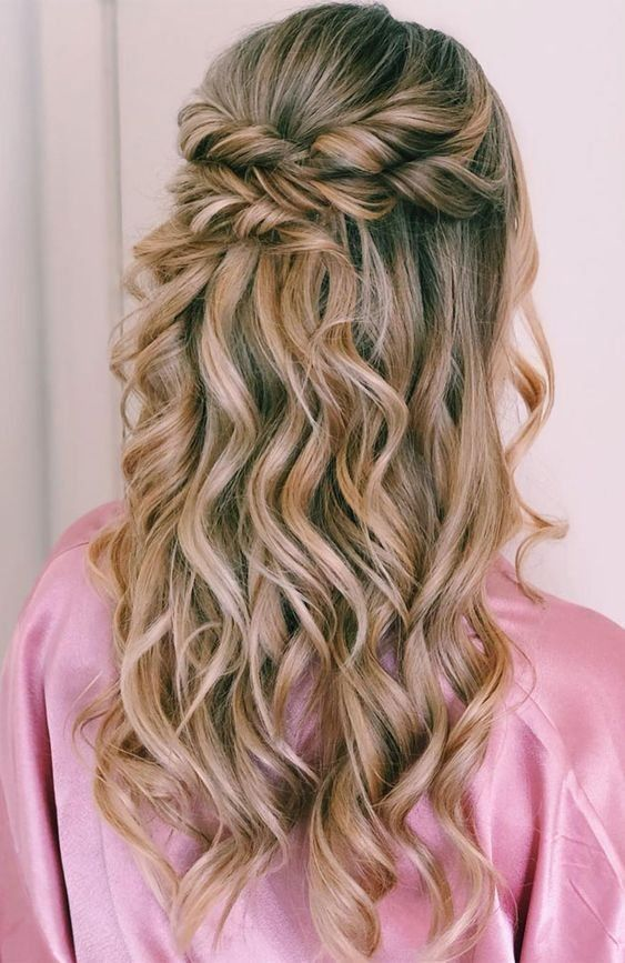 Braided Half Up Half Down Hairstyles For Women Page 7 Of 20 Braided Half Up Hairstyles Are All 1001 Half Up Hair Hair Styles Medium Hair Styles