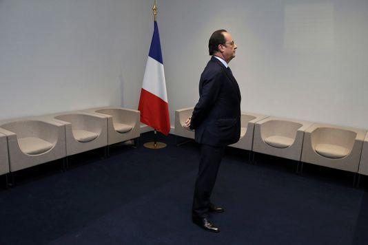 Hollande, un Chef d'Etat qui ment au peuple, trahit la gauche et mène la France au désastre - AWD News