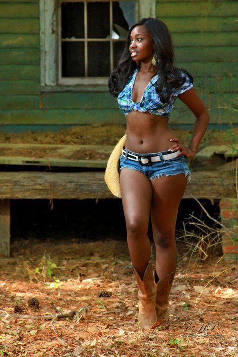 classy-ladie-free-hot-black-girls-nude-drops-his-load