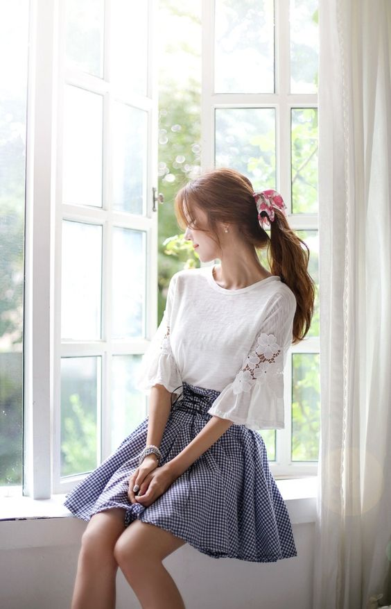 Korean fashion - white lace top and a-line gingham skirt