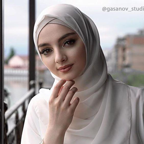 Hijab #Hijab #hijabstyle #hijabfashion #women #muslimwomen #muslimgirls #nooranitravel @noornaitravel