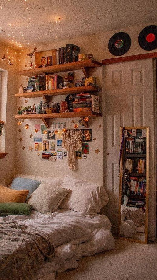 Aestheticallykeira Vintage Room Decor Ideas For Teenagers Pinterest Room ideas for retro