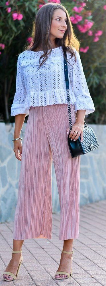 #fall #musthave #trends | White Lace Top + Pink Pleated Pants
