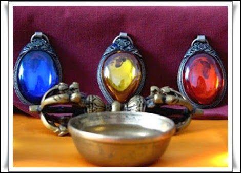 Las Revelaciones del Tarot: Los Tres Tipos de Budismo -