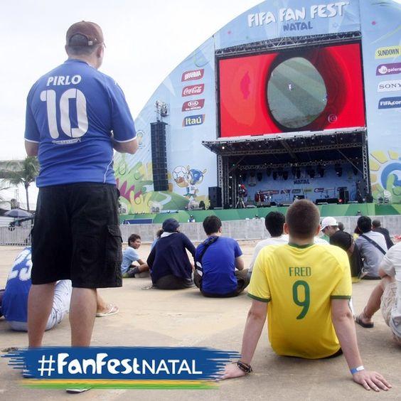 BOLA ROLANDO na Arena Fonte Nova e aqui na #FanFestNatal também. Todos ligados em Suiça x França!