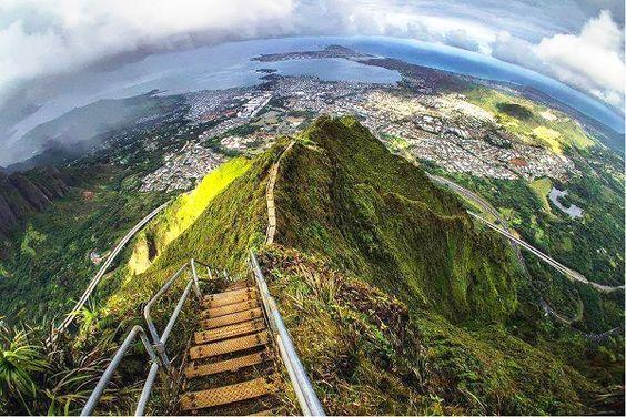 escadaria para o paraíso, Havai 1
