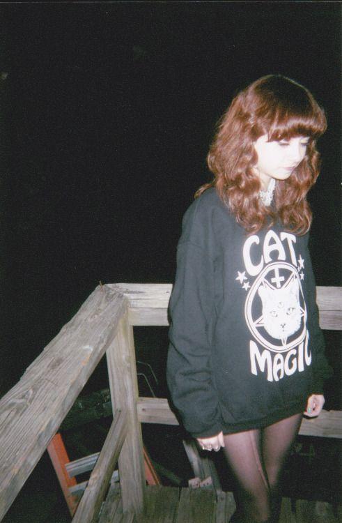 sacrificial-souls:  my-fuckedup-won-der-land:  psychedelic-cunts:  ♡dark/soft grunge blog♡  ✥✝Grunge/Disp☹sable✝✥   ~~~