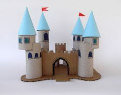 Princess palace with toilet paper rolls and cardboard: