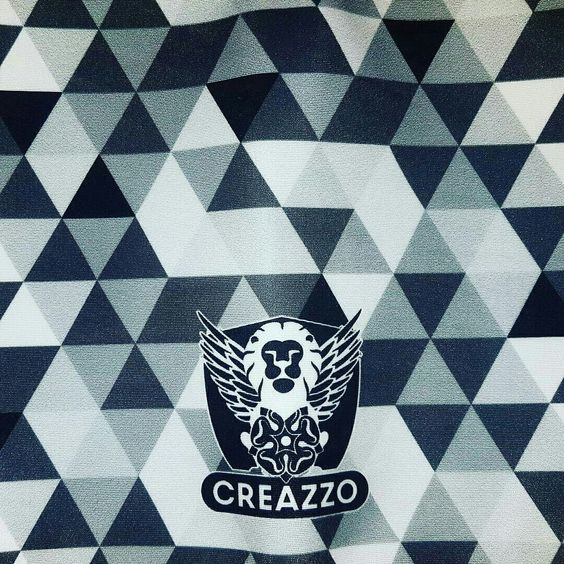 Creazzo 50 shades buff